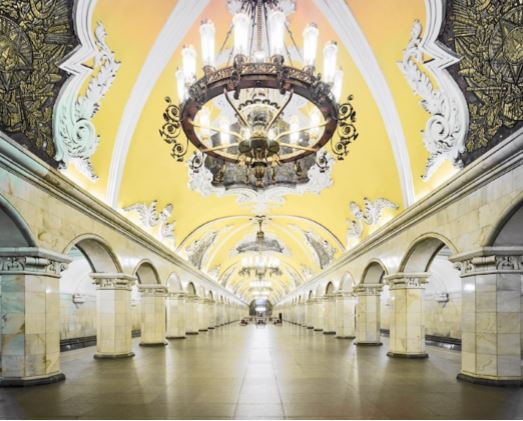 The Moscow Metro Is Like a Gorgeous Russian History Museum  – Mark Byrnes